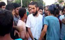 Suruç'ta sakallı gence linç girişimi (Video)